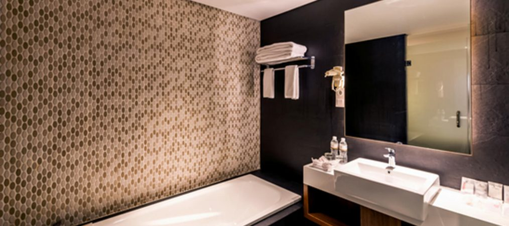 infinity-suite-room2